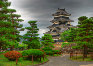 Matsumoto-Castle-600x425