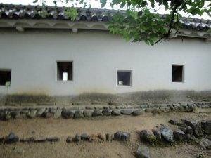 Murder_holes_at_Himeji_Castle_by_yukionna42