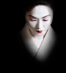 madame-butterfly_Black and white